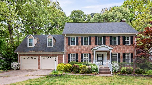 Photo 1 of 26 - 1804 Snow Wind Dr, Raleigh, NC 27615