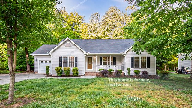 Photo 1 of 20 - 255 Beaver Ridge Dr, Youngsville, NC 27596