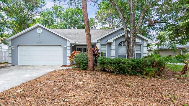 Photo 1 of 28 - 5111 Ashton Pines Ln, Sarasota, FL 34231