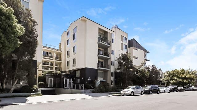 Photo 1 of 27 - 600 S Ridgeley Dr #104, Los Angeles, CA 90036