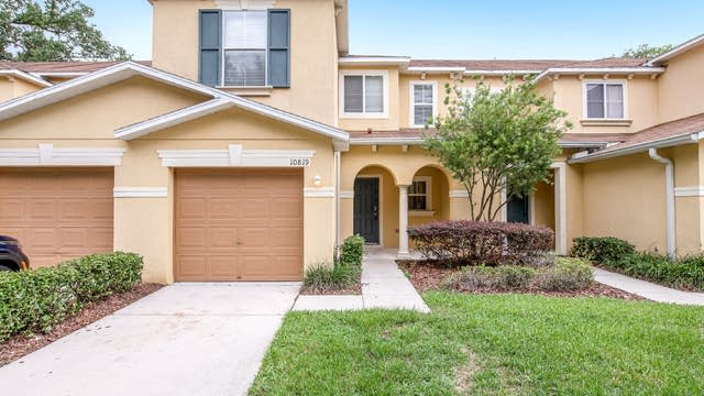 Photo 1 of 17 - 10819 Great Carlisle Ct, Riverview, FL 33578