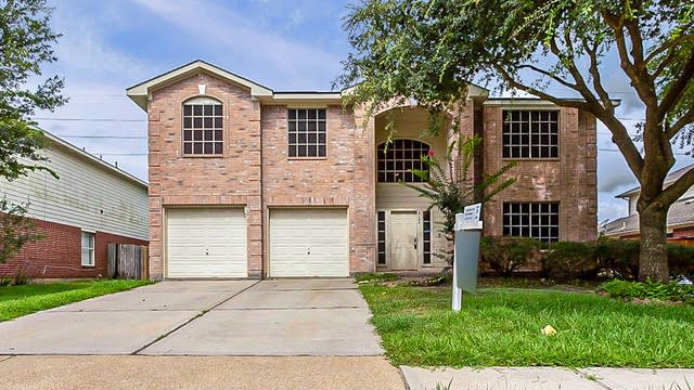 Photo 1 of 30 - 3635 Lindenfield Dr, Katy, TX 77449