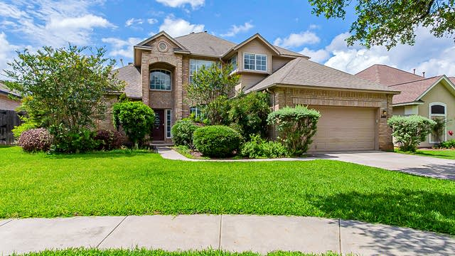 Photo 1 of 25 - 2407 Cerca Madera, San Antonio, TX 78259
