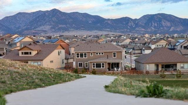 Photo 1 of 40 - 18194 W 92nd Ln, Arvada, CO 80007