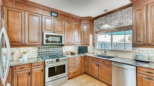Photo 1 of 25 - 14917 E 116th Dr, Commerce City, CO 80603