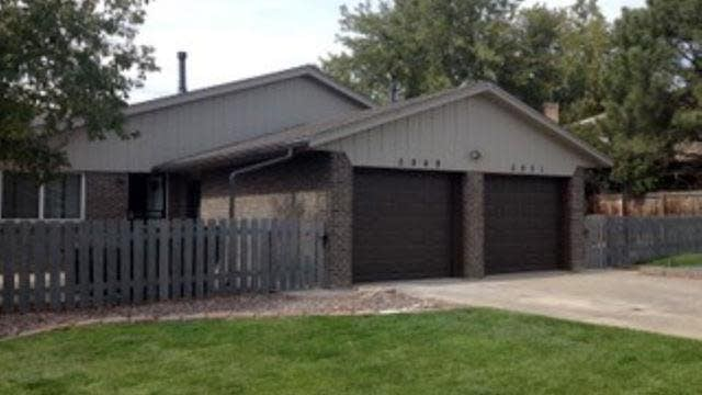 Photo 1 of 21 - 5949 Newcombe Ct, Arvada, CO 80004