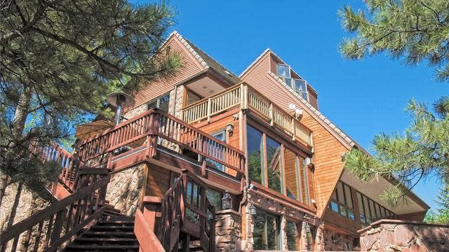 Photo 1 of 27 - 62 W Ranch Trl, Morrison, CO 80465