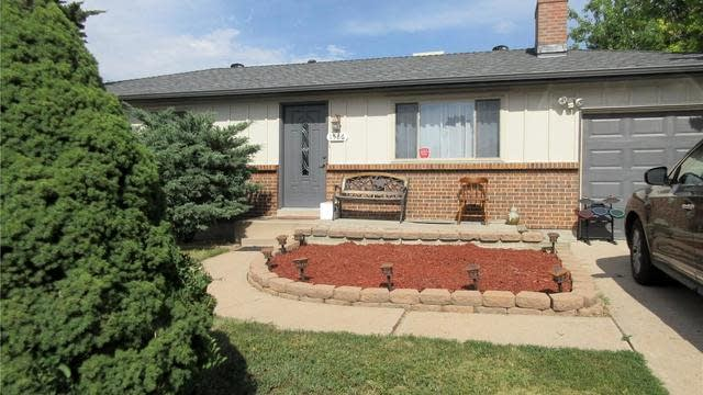 Photo 1 of 37 - 1586 S Field Ct, Lakewood, CO 80232