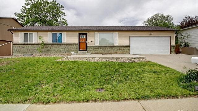 Photo 1 of 25 - 7067 Wright Ct, Arvada, CO 80004