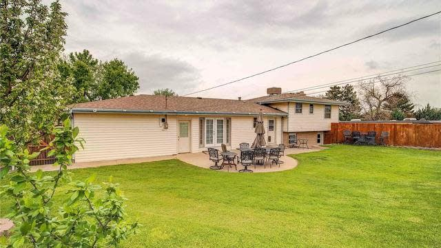 Photo 1 of 31 - 7990 Lee St, Arvada, CO 80005