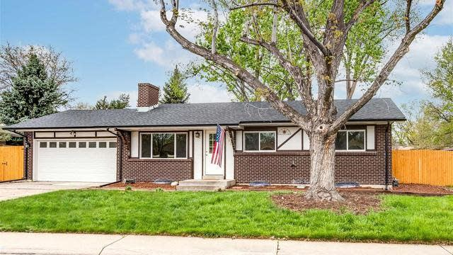 Photo 1 of 27 - 2655 S Norman Ct, Denver, CO 80224