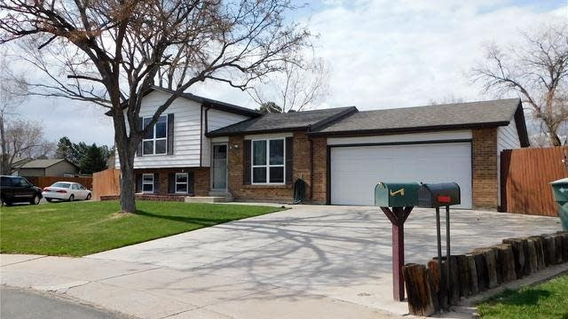 Photo 1 of 19 - 10974 Clermont St, Thornton, CO 80233