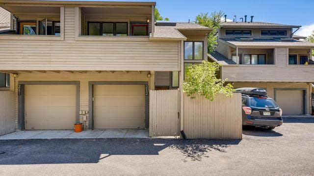 Photo 1 of 29 - 6700 W 11th Ave #212, Lakewood, CO 80214