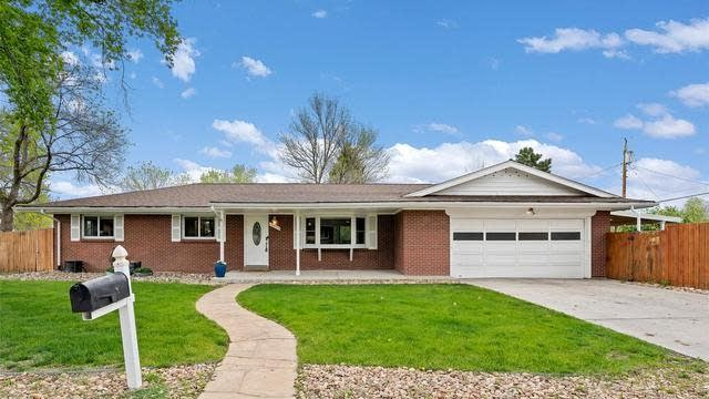 Photo 1 of 33 - 10595 W Dakota Ave, Lakewood, CO 80226