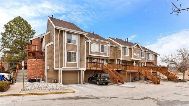 Photo 1 of 16 - 2286 S Pitkin Way Unit A, Aurora, CO 80013
