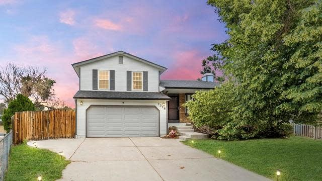 Photo 1 of 22 - 1318 S Biscay St, Aurora, CO 80017