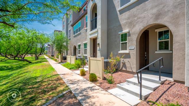 Photo 1 of 19 - 2271 E Hidalgo Ave, Phoenix, AZ 85040