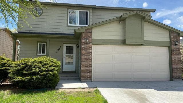 Photo 1 of 27 - 4916 W 61st Pl, Arvada, CO 80003