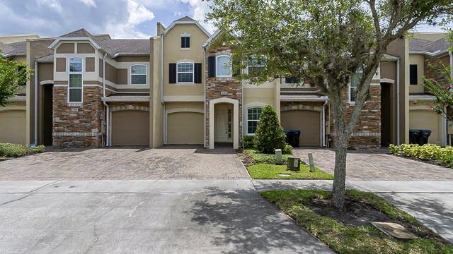 Photo 1 of 32 - 2113 Cypress Villas Dr, Orlando, FL 32825