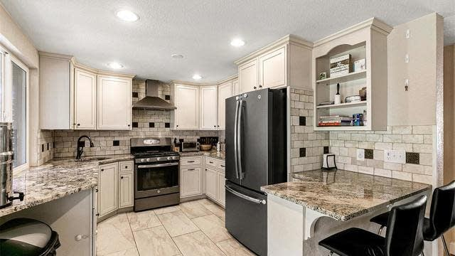 Photo 1 of 25 - 6832 Ammons St, Arvada, CO 80004