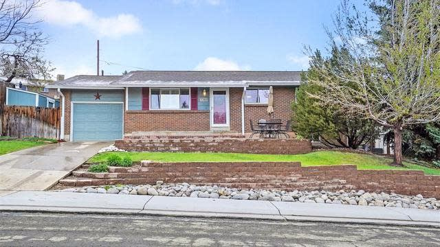 Photo 1 of 31 - 7085 W 71st Ave, Arvada, CO 80003