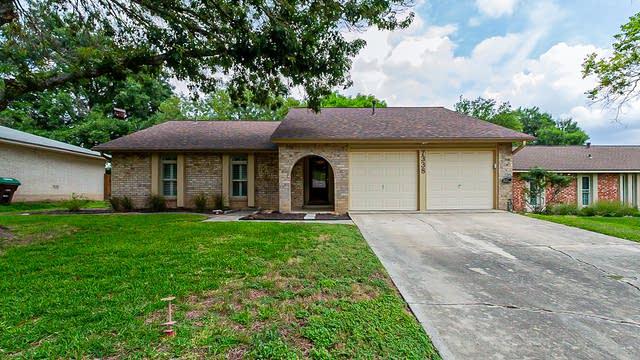 Photo 1 of 19 - 7338 Crownpiece St, San Antonio, TX 78240