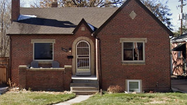 Photo 1 of 18 - 1525 Holly St, Denver, CO 80220