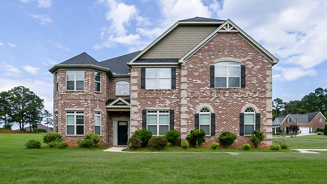 Photo 1 of 26 - 100 Foxtail Ct, Fayetteville, GA 30214