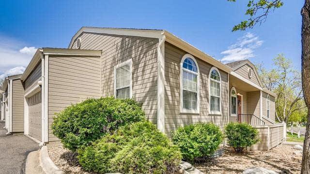 Photo 1 of 26 - 5725 W Asbury Pl, Lakewood, CO 80227
