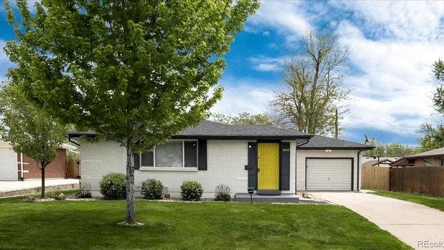 Photo 1 of 31 - 6060 Flower St, Arvada, CO 80004