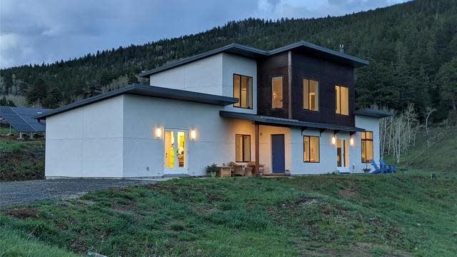 Photo 1 of 40 - 6776 Wood Rock Rd, Golden, CO 80403