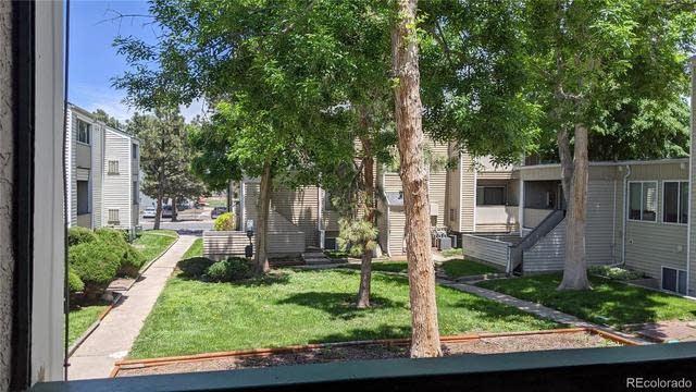 Photo 1 of 8 - 10712 E Exposition Ave #208, Aurora, CO 80012