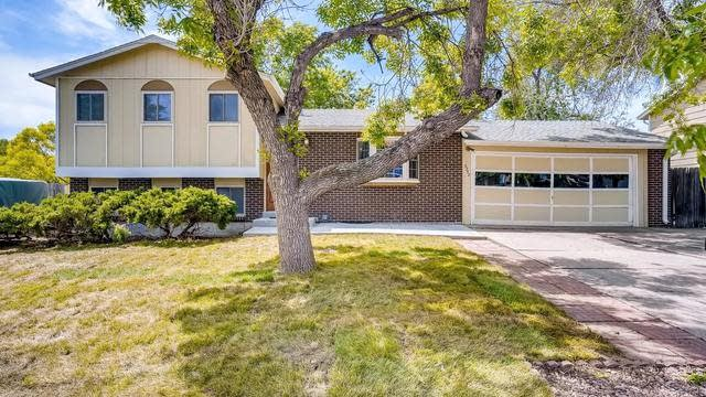 Photo 1 of 27 - 6252 W 70th Pl, Arvada, CO 80003