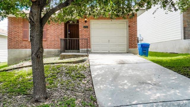 Photo 1 of 27 - 5718 Red Cyn, San Antonio, TX 78252