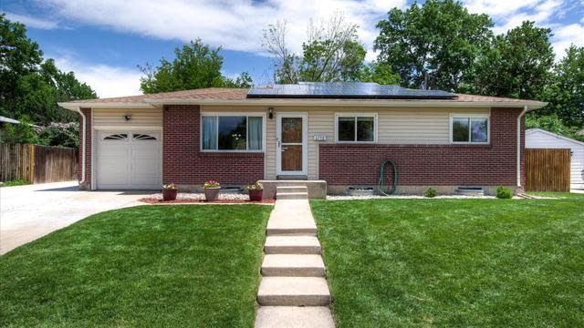 Photo 1 of 37 - 6758 Lewis St, Arvada, CO 80004