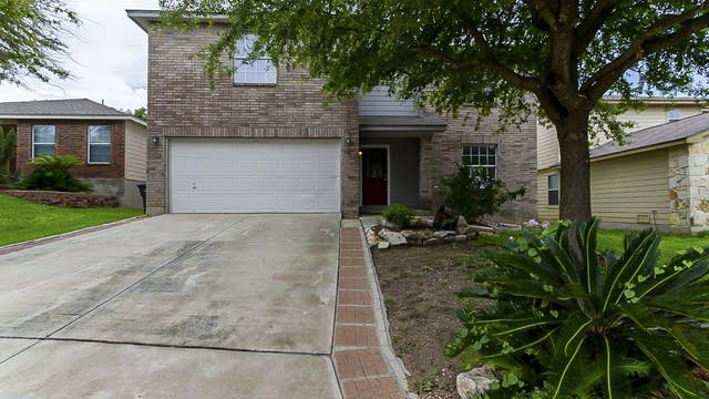 Photo 1 of 24 - 923 Magnolia Bnd, San Antonio, TX 78251