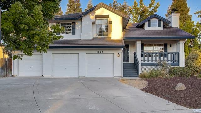 Photo 1 of 33 - 5228 Brondsbury Ln, Fair Oaks, CA 95628