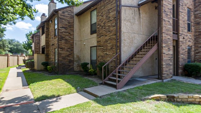 Photo 1 of 19 - 2109 Horizon Trl #4014, Arlington, TX 76011